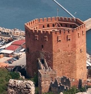 Аланийская крепость. От древних греков до османов